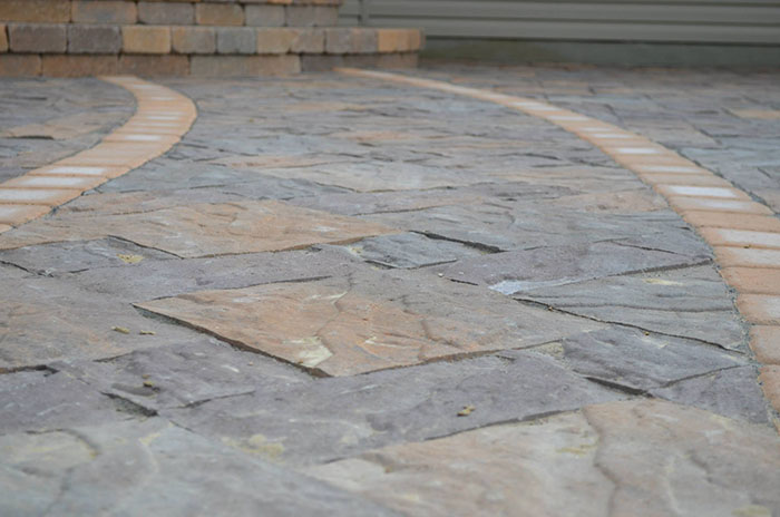 Hardscape-patio-Borgert-Vavel-II-pavers