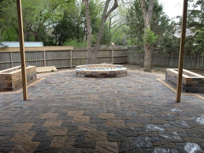 hardscape-large-custom-gas-fire-pit