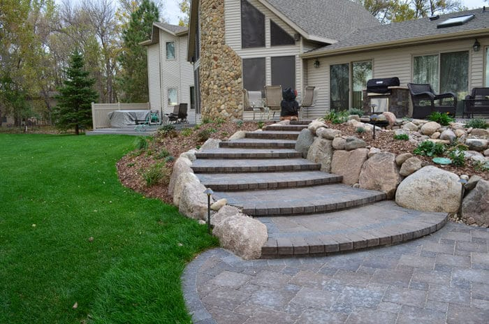 hardscapes-large-paver-steps
