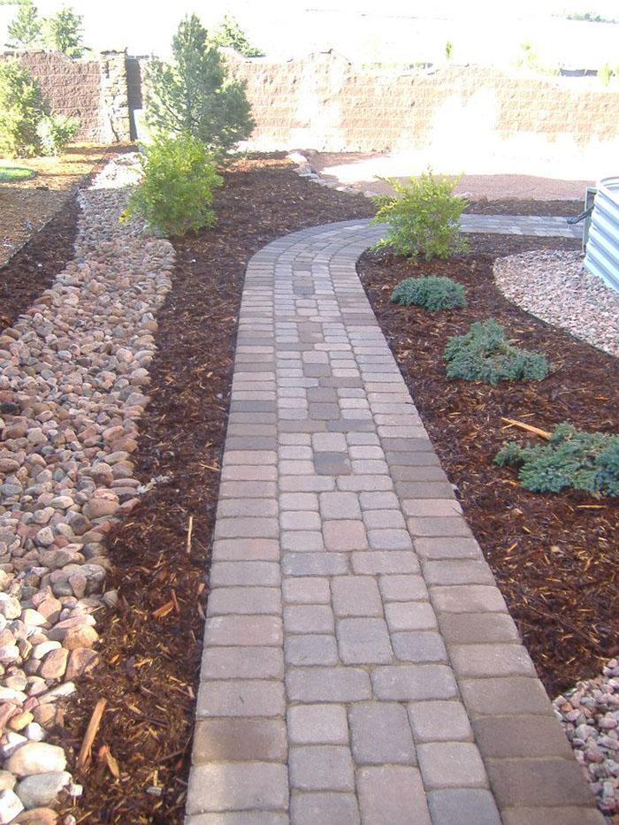 Hardscape-paver-walkway